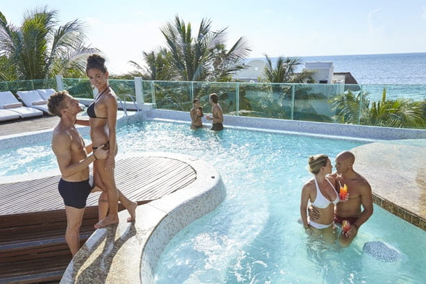 bachelor-party-cartagena-pool-party-min Bachelor Party Cartagena #1 Agency | 2019 Package Tours On Sale NOW