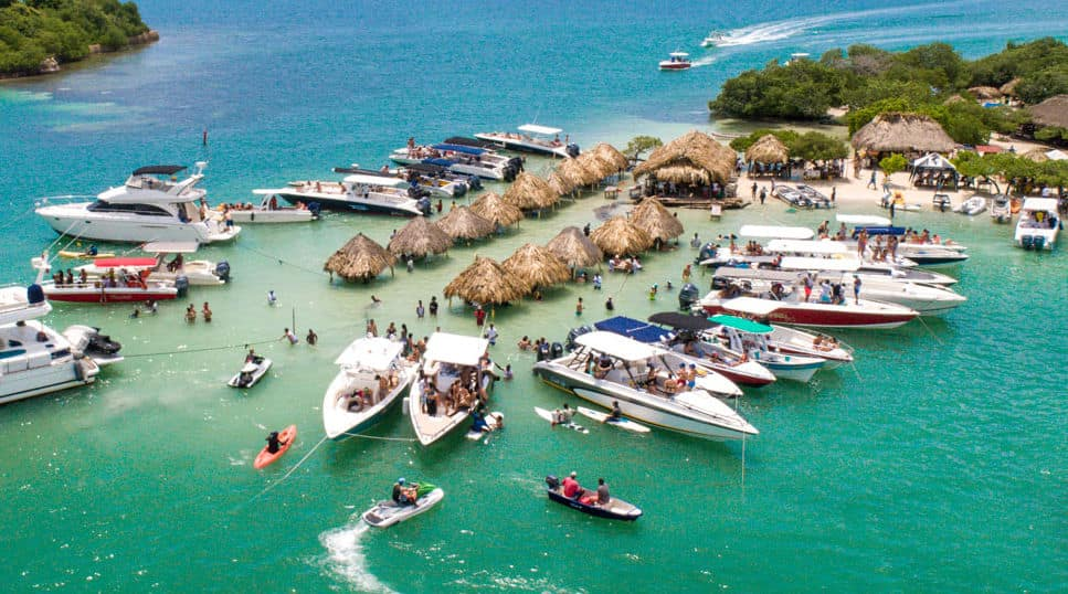bachelor-party-cartagena-colombia-boat-rentals-min Bachelor Party Cartagena #1 Agency | 2019 Package Tours On Sale NOW