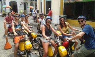 Electric-Bike-Tour-Cartagena-Bachelor-Party-3