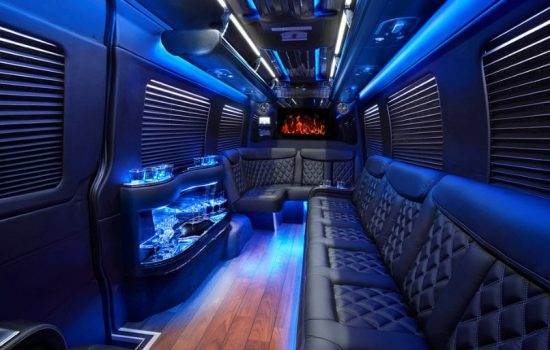 Limo-Party-Bus-Rent-Cartagena-Bachelor-Party-06